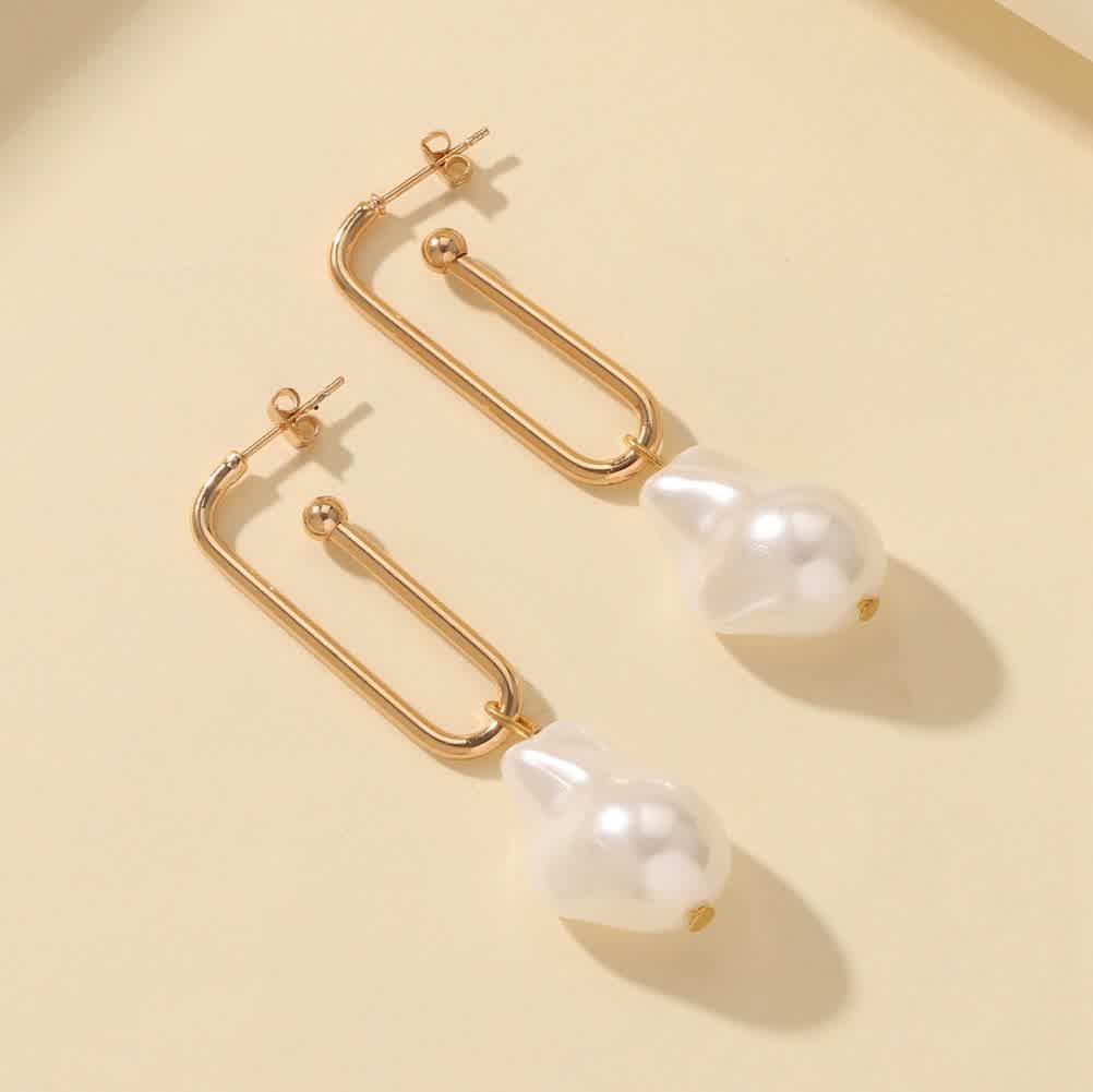 1 Pair of   Women's   Earrings  U-shaped  Special-shaped Pearl  Ear Hooks Golden