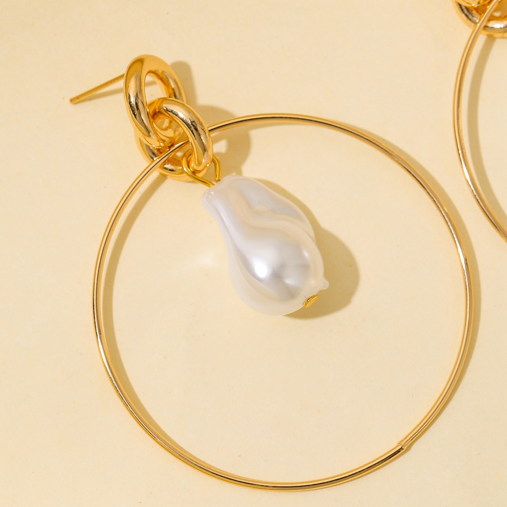 1 Pair of  Women's  Earrings  O-shaped  All-match  Pearl   Earrings Golden