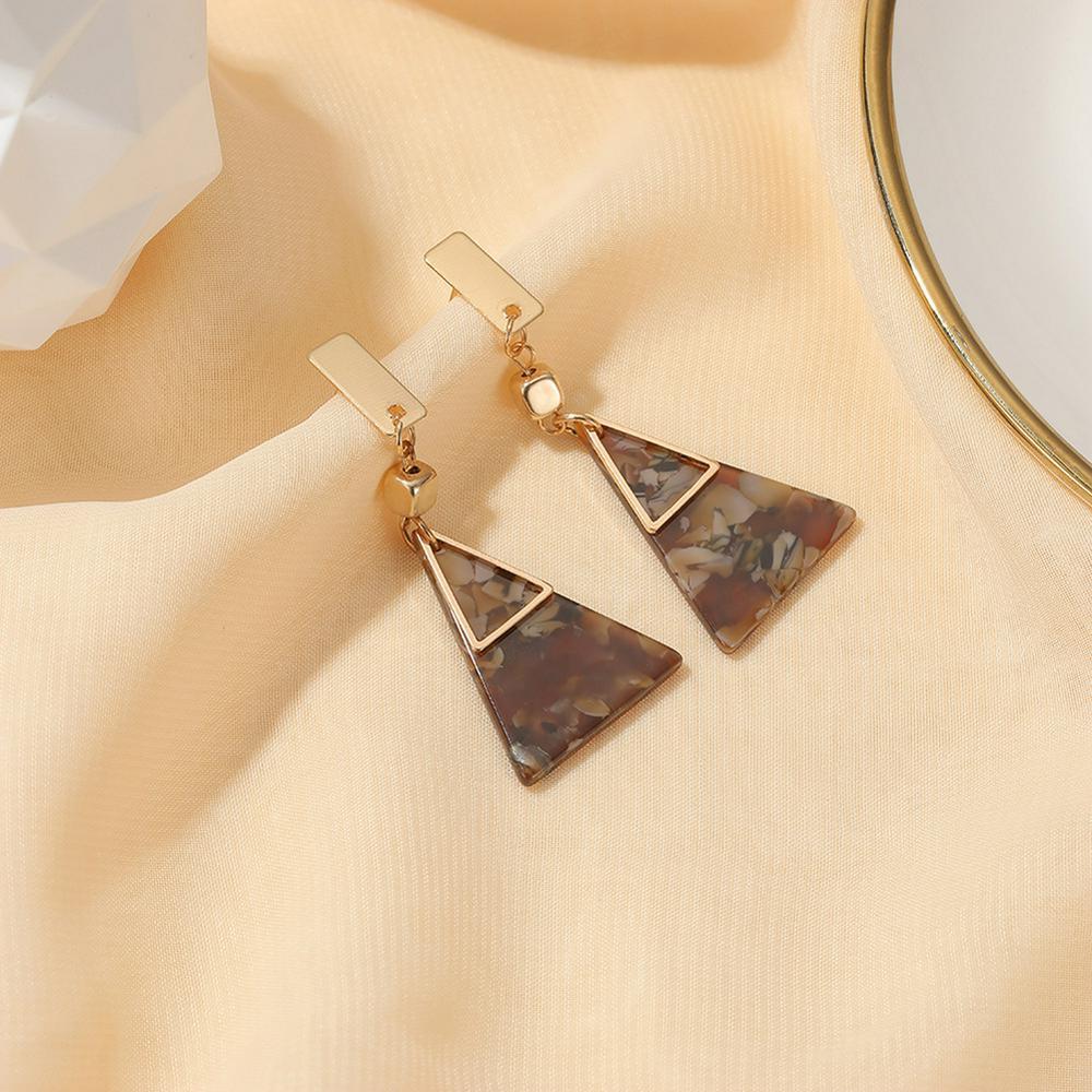 1 Pair of Women's Earrings Geometric Shape Acetate Plate Triangle Earrings Golden