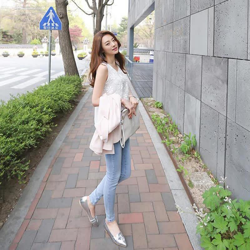 Women Loose Lace Flower Sleeveless Vest