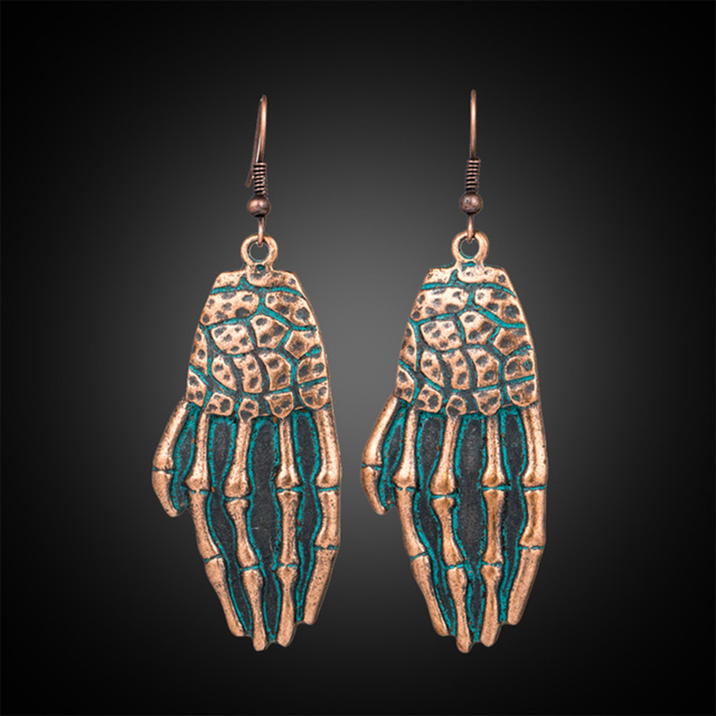New Style Retro Alloy Earrings Women A Pair of Creative Skeleton Hand Bone Earrings Halloween Ornaments Retro green