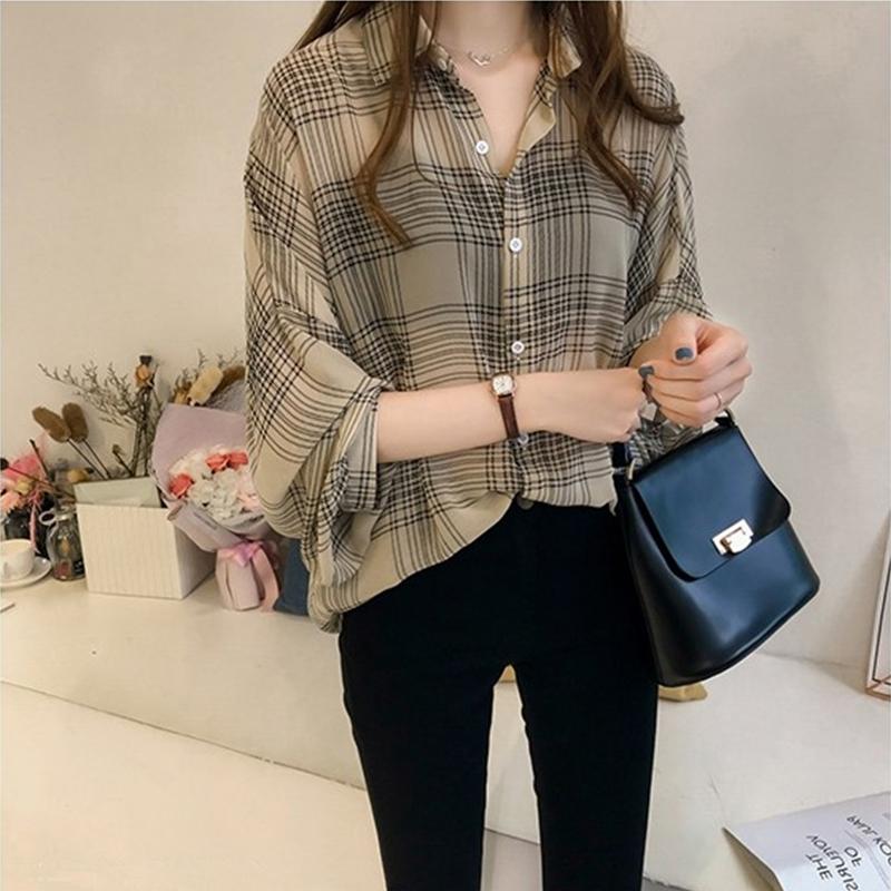 Women Loose Plaid Pattern Long Sleeve Blouse
