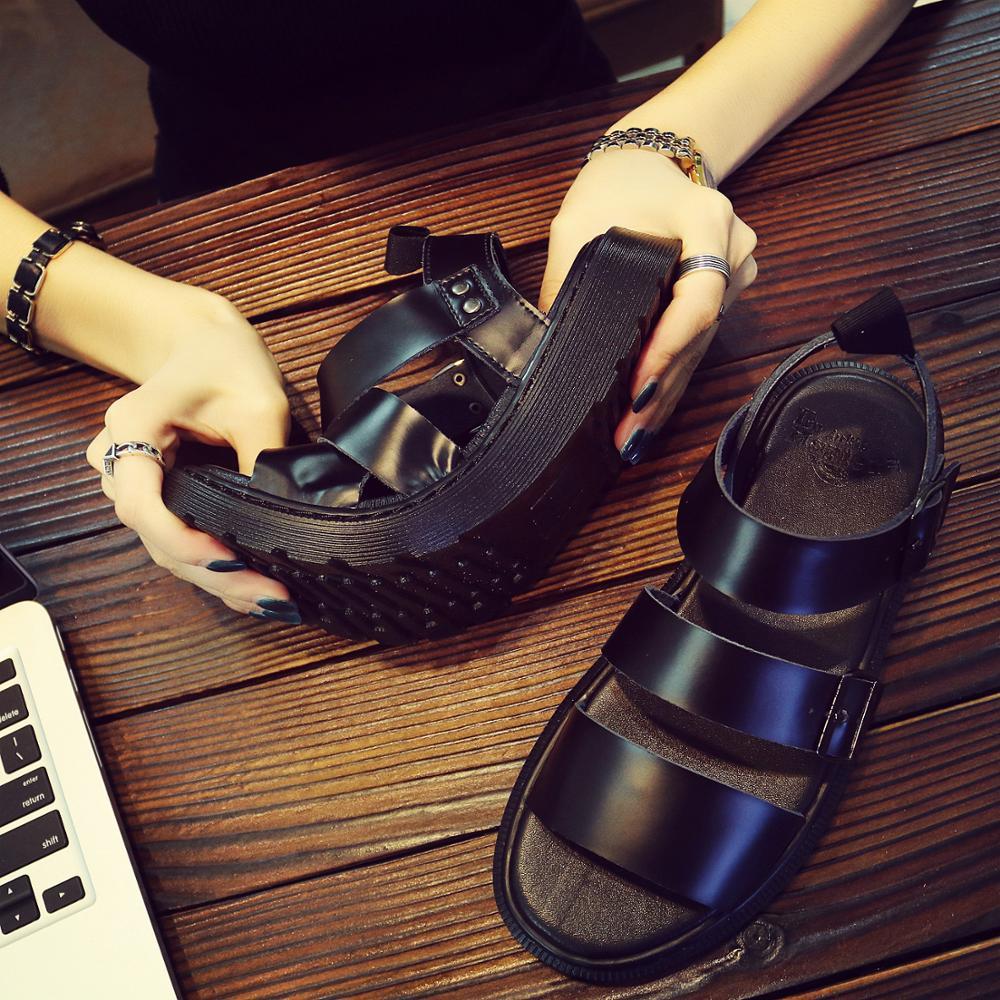 Men's Martins Shoes Summer New Style Outdoor Non-slip Breathable Men Fashion Trend Black Beach Shoes Casual Sandals Men