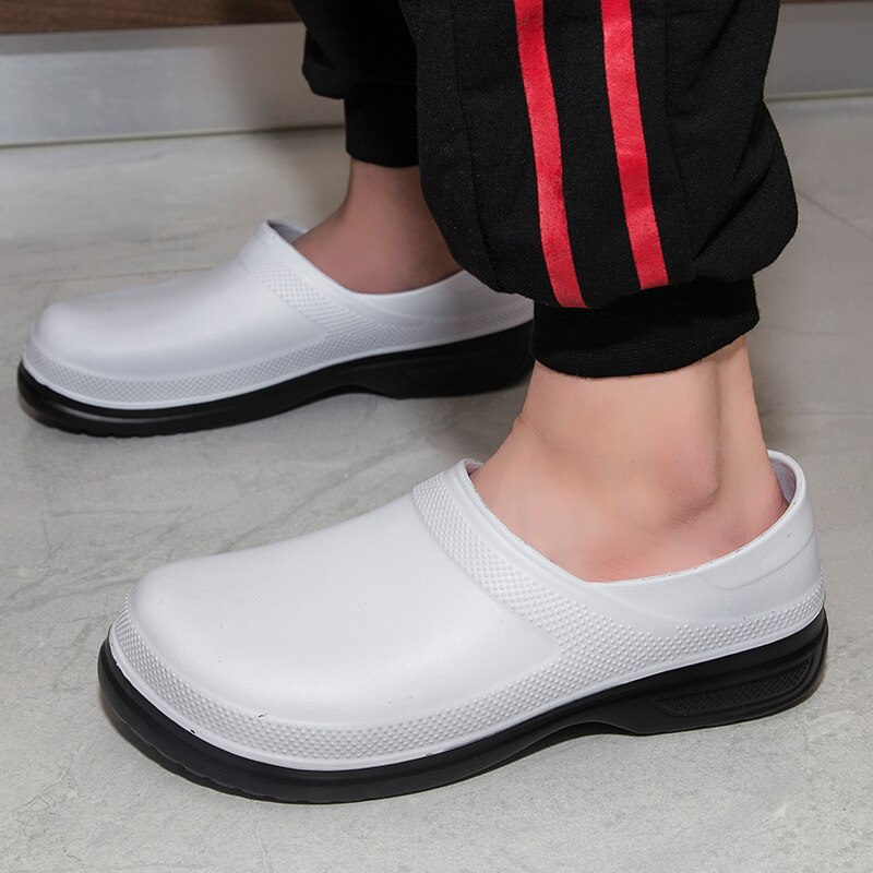 Hotel Kitchen Clogs Non-slip Waterproof Oil-proof Work Shoes Breathable Resistant Kitchen Cook Chef